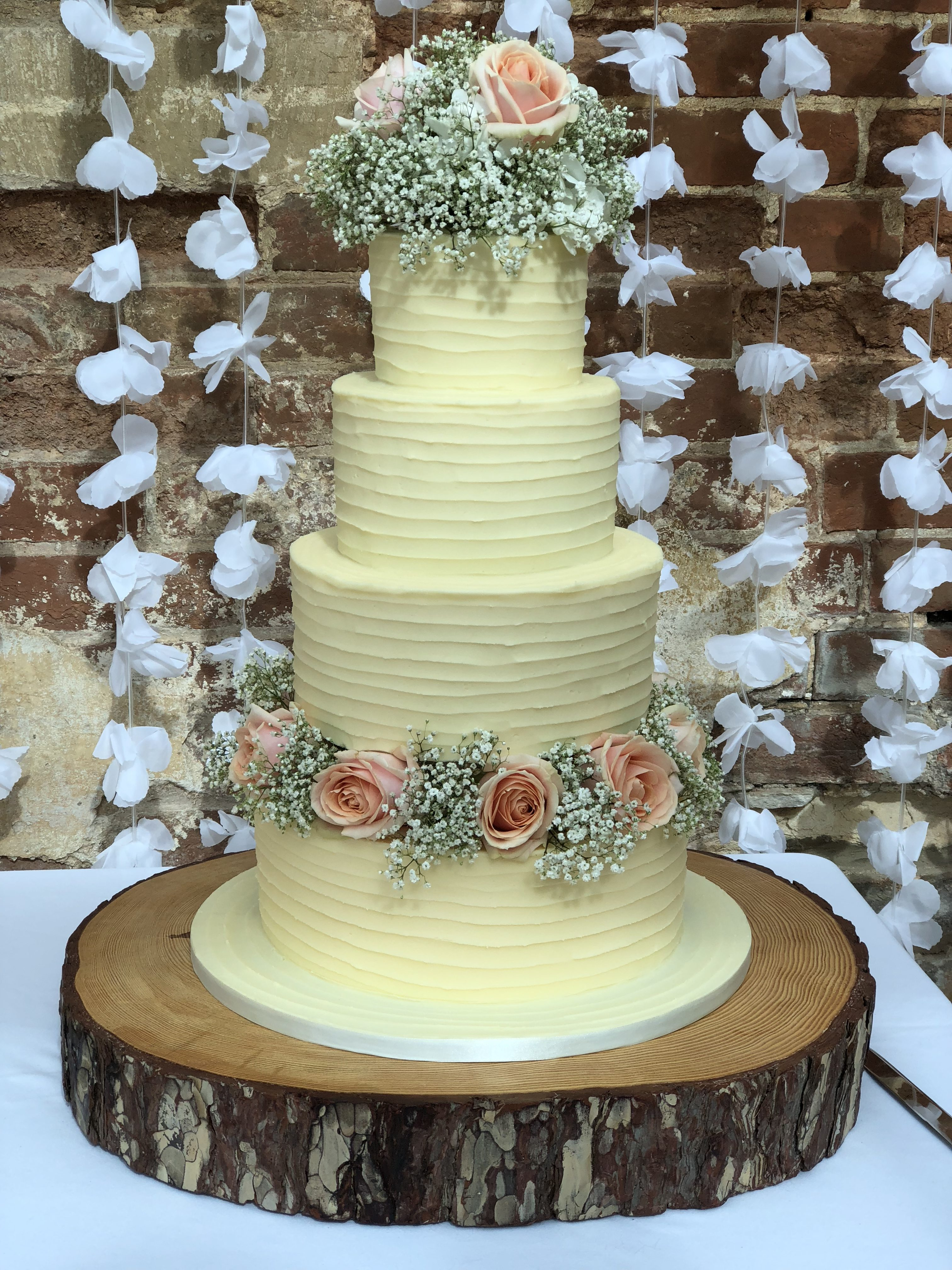 B:C Single Romance Rococo Wedding Cake