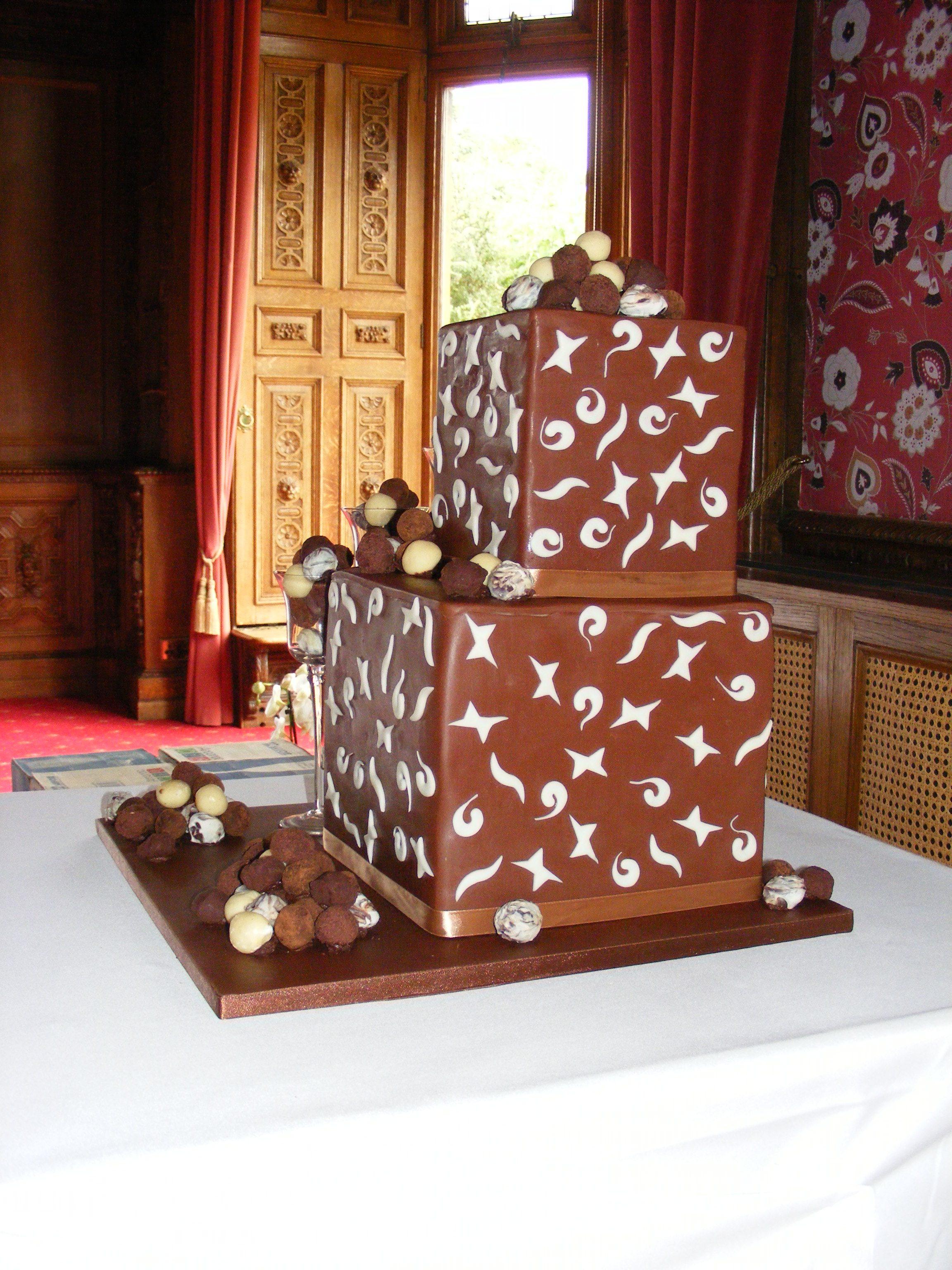 Choc Box Wedding Cake 8