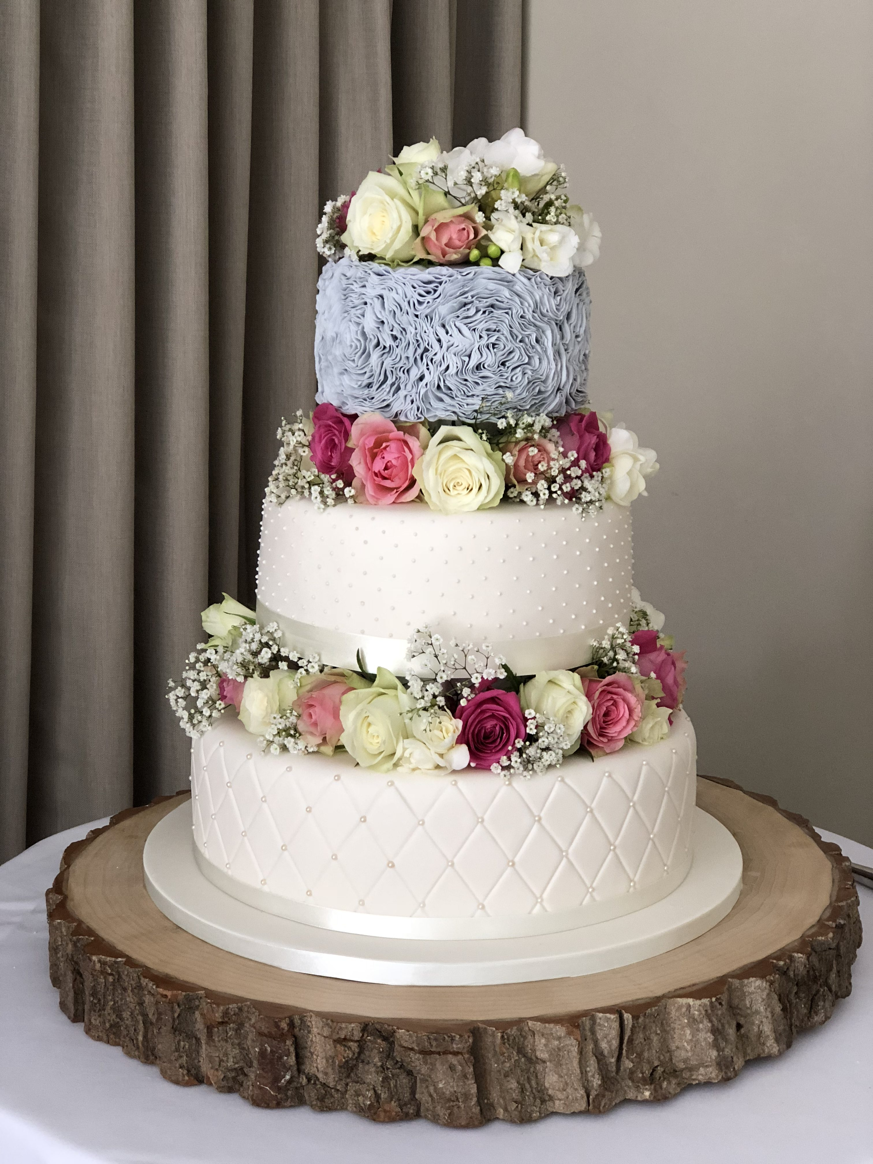 Romance w: Ruffles Wedding Cake