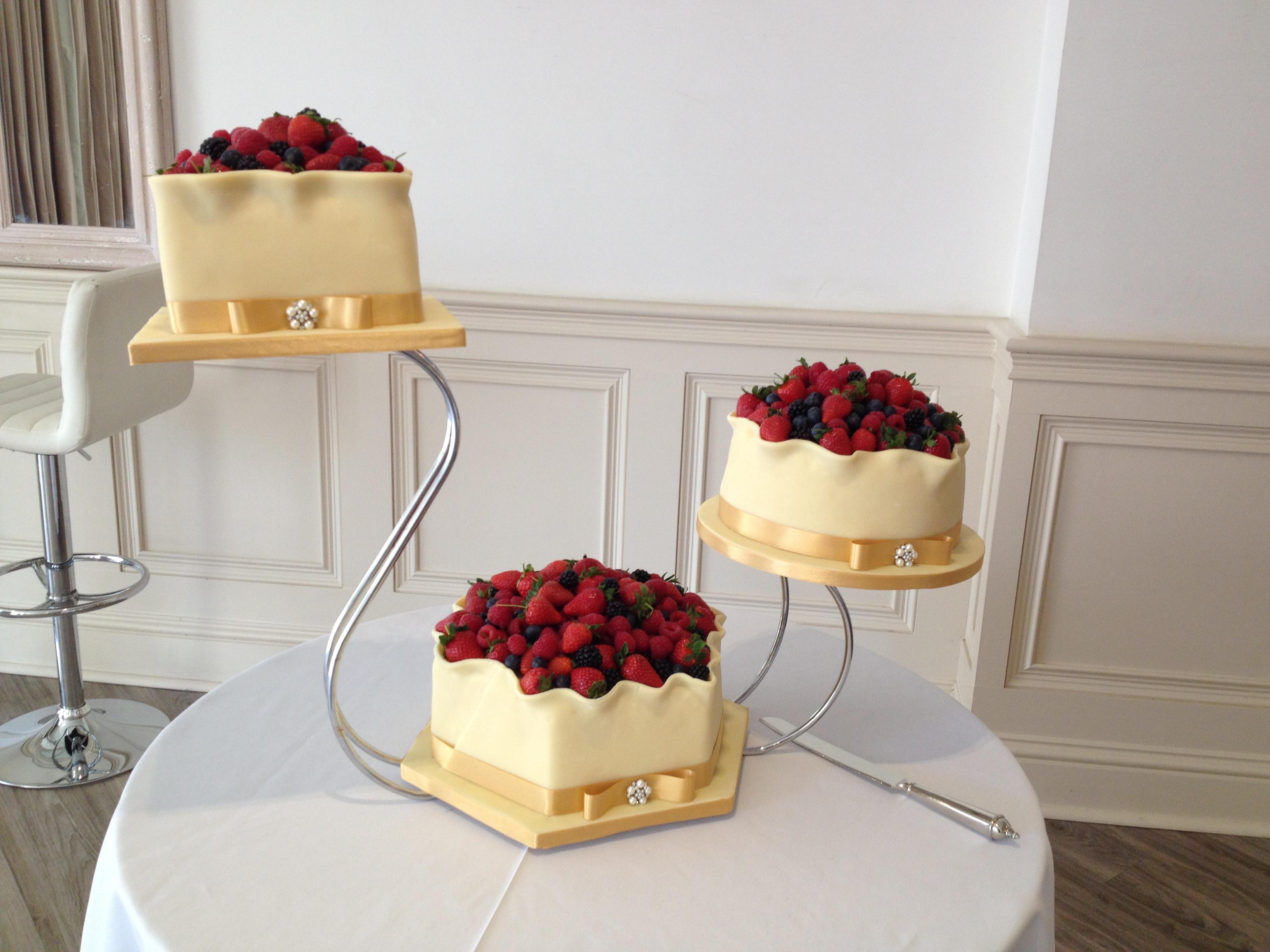Summer Fruits Swan Wedding Cake